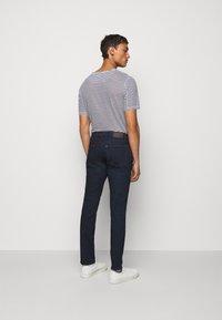 Michael Kors - KENT - Slim fit jeans - rinse - 2