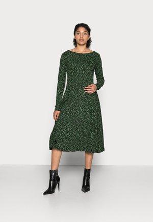 ORGANIC SIGRID DRESS - Jersey dress - black/khaki