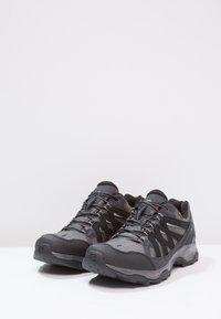 Salomon - EFFECT GTX - Hiking shoes - magnet/black/monument - 2