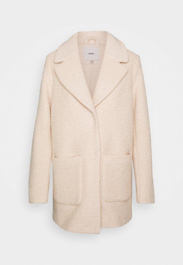 IHSTIPA - Krátký kabát - tapioca