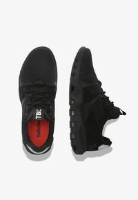 Timberland - URBAN EXIT SOCK-FIT OXFORD - Trainers - jet black - 1
