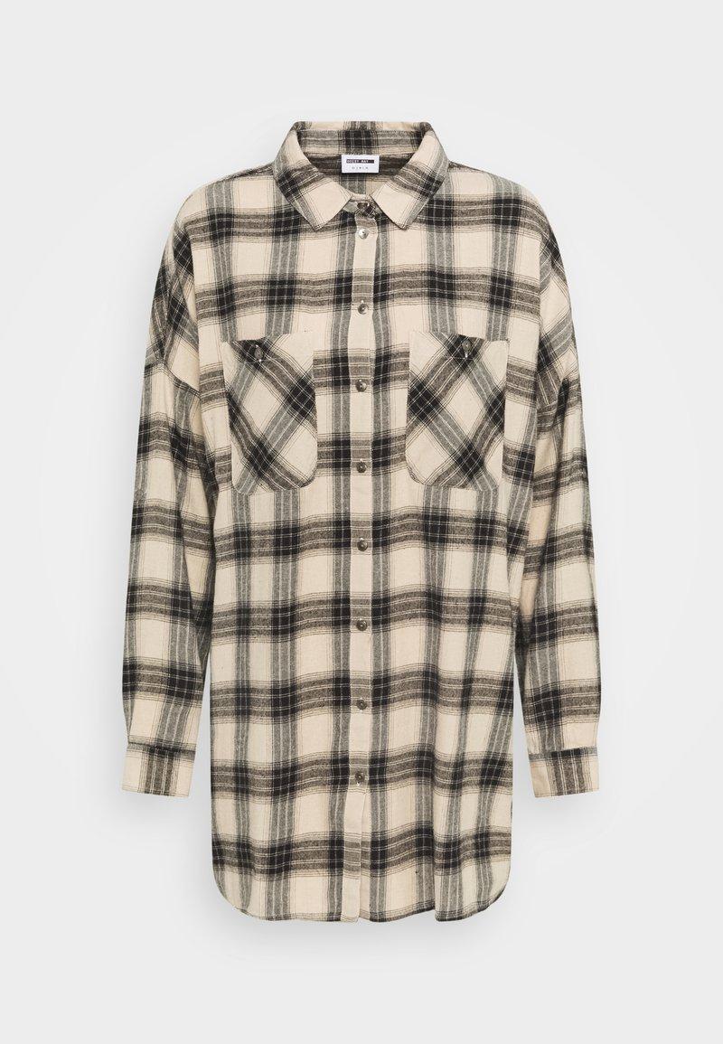 Noisy May - NMERIK WINTER OVERSIZE SHIRT - Button-down blouse - white pepper/black