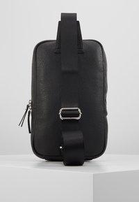 STUDIO ID - CROSSBODY BACK BAG - Sac bandoulière - black - 3
