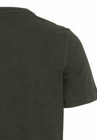 camel active - Basic T-shirt - leaf green - 8