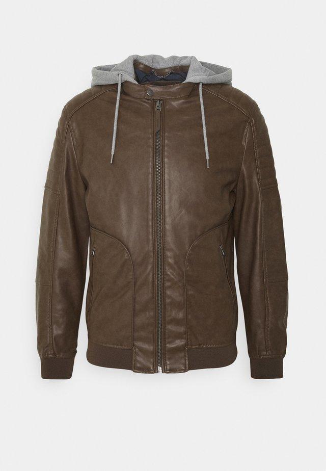 BIKER CAPUCHA - Imitert skinnjakke - dark brown