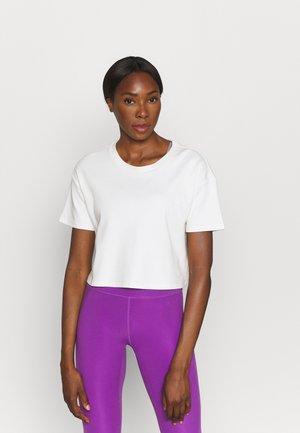 DROP SHOULDER BOXY - Basic T-shirt - off white