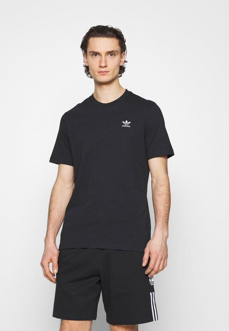 adidas Originals - ESSENTIAL TEE - Jednoduché triko - black