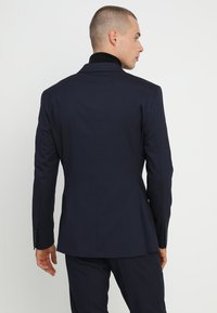 Isaac Dewhirst - DOUBLE BREASTED PLAIN SLIM FIT SUIT - Completo - navy - 3
