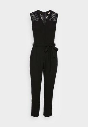 OCCASION V NECK BELTED SLEEVELESS - Jumpsuit - black