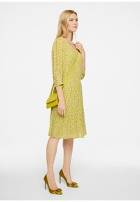 comma - Day dress - green - 1