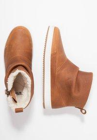 HUB - RIDGE - Ankle boot - cognac/offwhite - 3