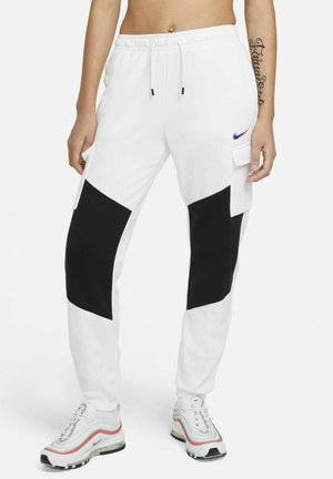 CARGO LOOSE - Tracksuit bottoms - white