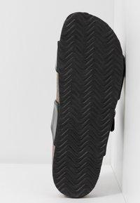 Anna Field - Slippers - black - 6