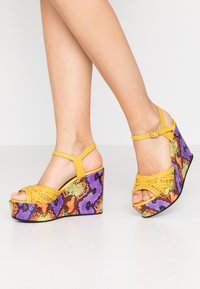 Pons Quintana - High heeled sandals - yellow - 0
