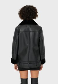 Stradivarius - DOUBLEFACE - Faux leather jacket - black - 2
