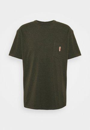 LOOSE FIT POCKET - T-Shirt basic - army melange