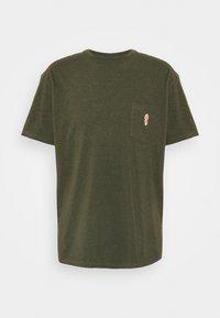 REVOLUTION - LOOSE FIT POCKET - Basic T-shirt - army melange - 4