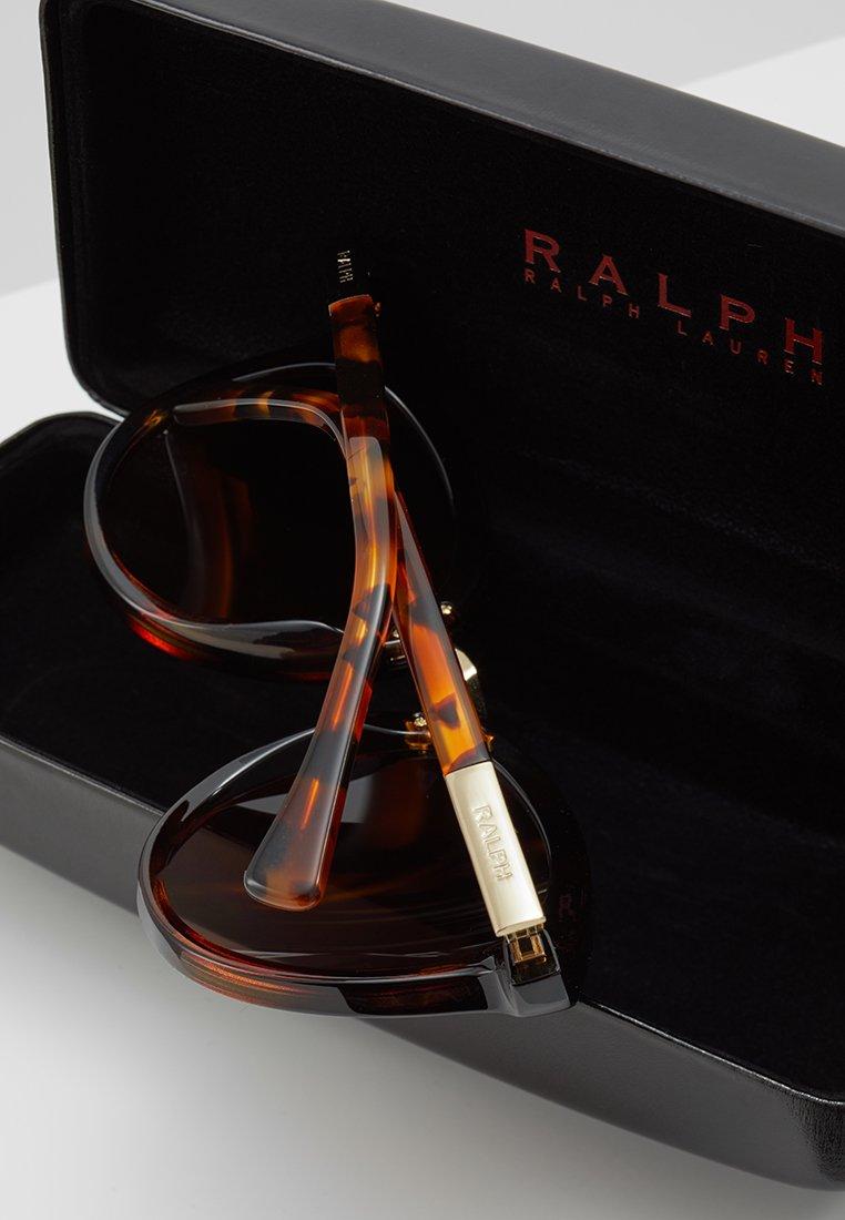 Gorąca wyprzedaż Gorąca wyprzedaż RALPH Ralph Lauren Okulary przeciwsłoneczne - brown | Akcesoria damskie 2020 aJdPF
