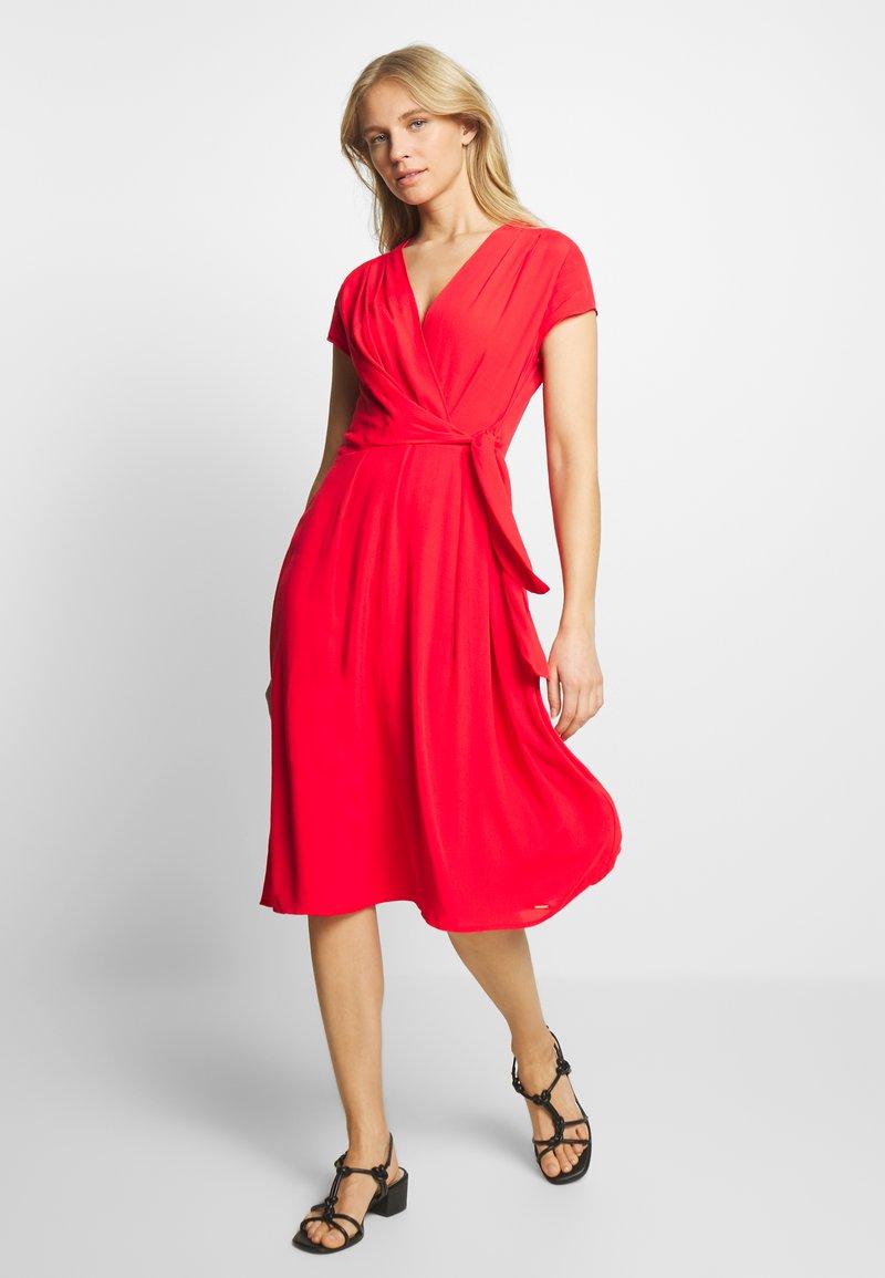 Taifun - KLEID GEWEBE - Denní šaty - paradise pink