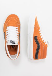 Vans - SK8 MID UNISEX - High-top trainers - apricot buff/true white - 1