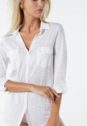 LEINENSHIRT MIT 3/4-ARM MIT RIEGELN - Button-down blouse - bianco