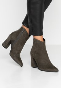 Adele Dezotti - High heeled ankle boots - laponia - 0