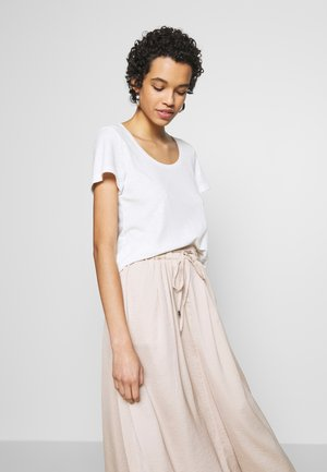 LOOK MAPLE SUGAR LINEN MIX - T-shirts - cloud dancer