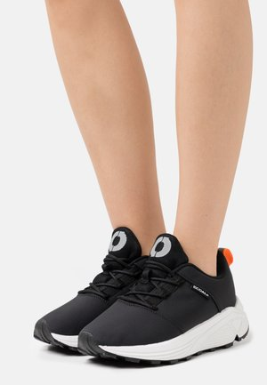 PATRI - Zapatillas - black