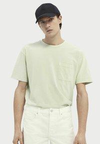 Scotch & Soda - Basic T-shirt - seafoam - 0