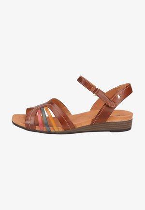 Sandals - cuero