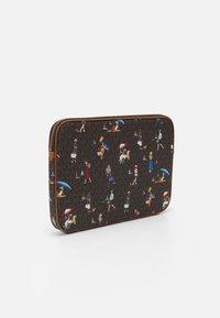 MICHAEL Michael Kors - JET SET LAPTOP CASE - Laptop bag - brown/multi - 1