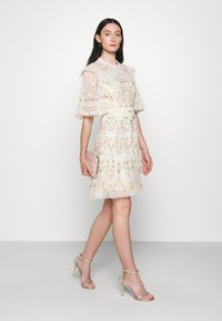 Needle & Thread - REVERIE ROSE MINI DRESS - Cocktail dress / Party dress - champagne - 1