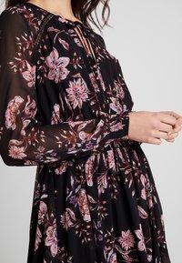 Forever New - DELPHINE SPLIT DETAIL DRESS - Maxikjoler - black - 6