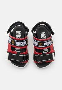 MOSCHINO - UNISEX - Sandals - red/black - 3