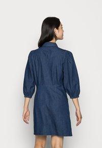 Vila - VITOMA DAIZY SLEEVE DRESS - Shirt dress - dark blue denim - 2