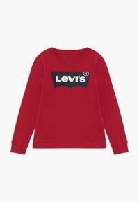 Levi's® - BATWING - Langærmede T-shirts - red - 0