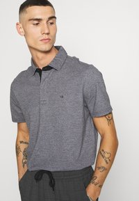 Calvin Klein - LIQUID HEATHER - Polo shirt - black - 3