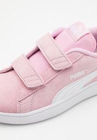 Puma - SMASH - Tenisky - pink lady/white - 5