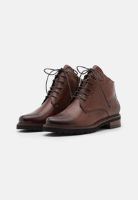 Everybody - NELLY - Botines con cordones - gianduia - 2