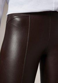 comma - Leggings - Trousers - brown - 3