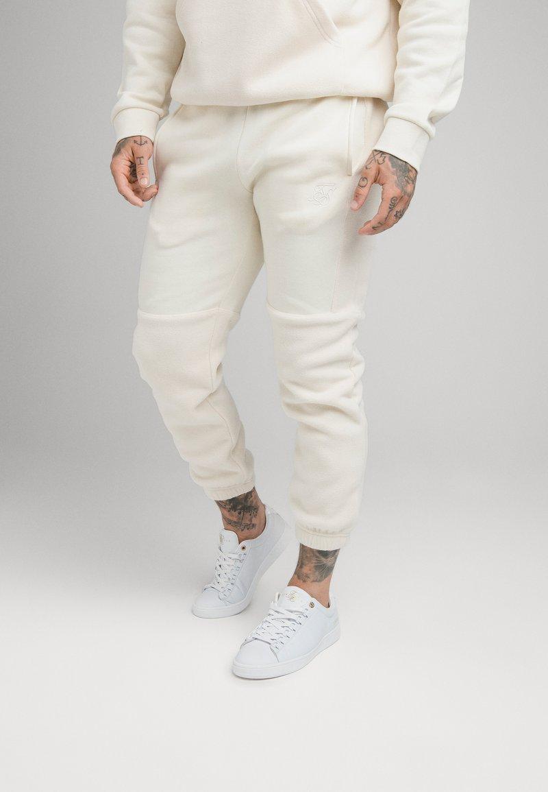 SIKSILK - ELASTIC CUFF PANT - Pantaloni sportivi - ecru