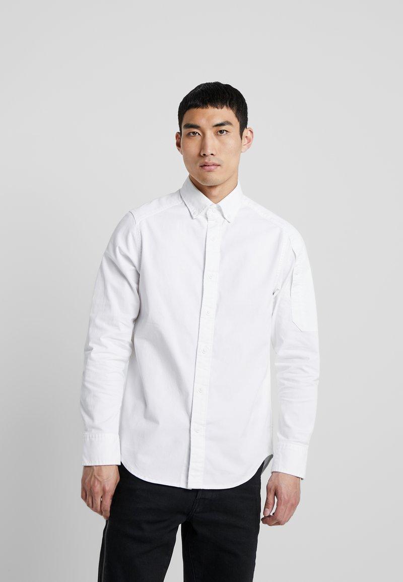 G-Star - STALT STRAIGHT BUTTON DOWN POCKET - Koszula - white