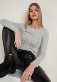 Tezenis - Long sleeved top - grigio melange chiar - 2