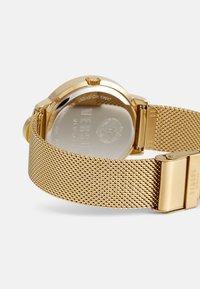 Versus Versace - MOUFFETARD - Zegarek - gold-coloured - 1