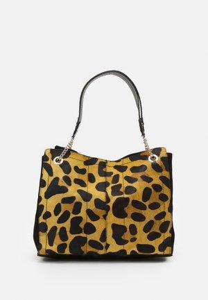 LEOPARD SOFT TOTE - Shoppingveske - beige