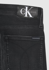 Calvin Klein Jeans - SKINNY ATHLETIC WASH - Jeans Skinny Fit - black - 2
