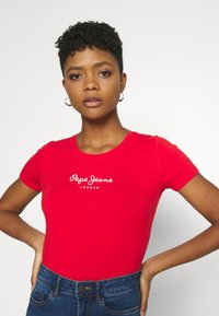 Pepe Jeans - NEW VIRGINIA - Print T-shirt - mars red - 3