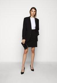 HUGO - RICARI - Pouzdrová sukně - black - 1