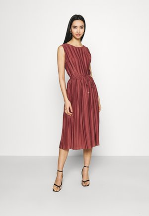 ONLELEMA DRESS BOX - Cocktail dress / Party dress - apple butter