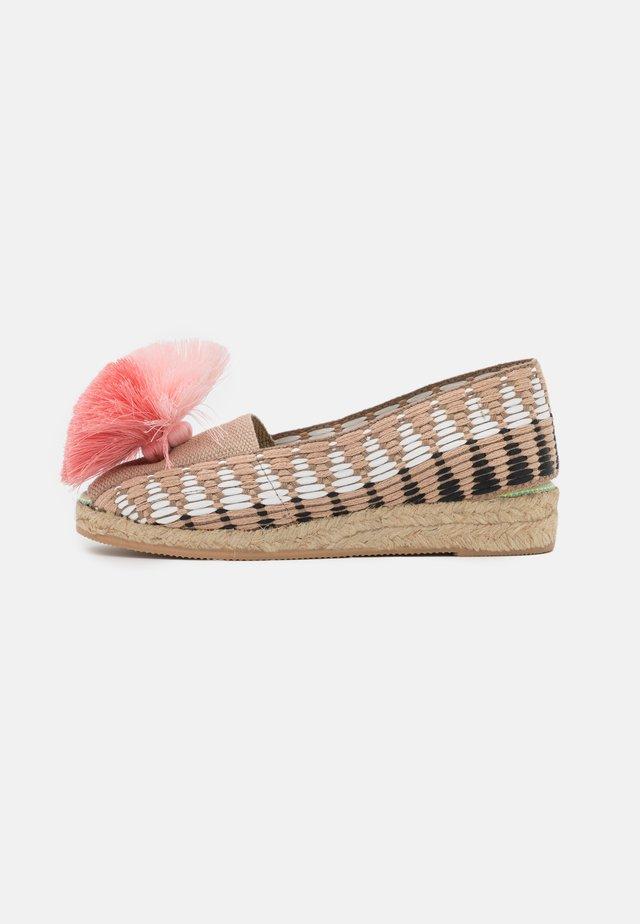 CAYENA - Loafers - rosa/rosa palo/rosa viejo